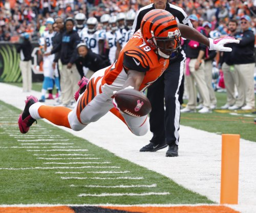 Cincinnati Bengals host Pittsburgh Steelers, try to stay atop AFC North