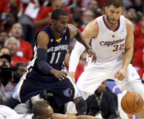 Memphis Grizzlies PG Mike Conley (back) set to return