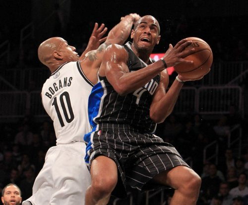 NBA: Orlando Magic sign Arron Afflalo, Khem Birch