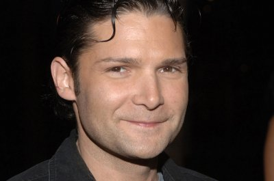 Corey Feldman says he was not arrested for marijuana possession