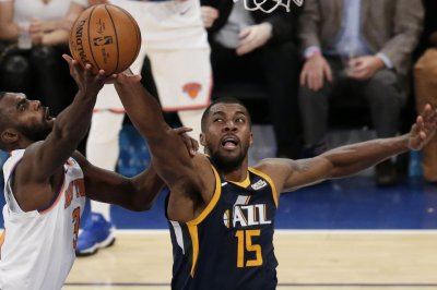 Jazz try to continue mastery of Warriors