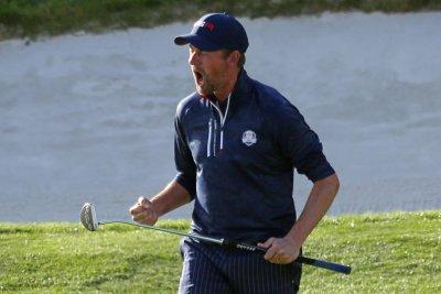 Golf: Webb Simpson ends drought, beats Tony Finau in Phoenix Open playoff