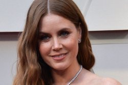 'The Woman in the Window,' starring Amy Adams, coming to Netflix in May