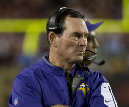 Minnesota Vikings' Mike Zimmer has had a long short week