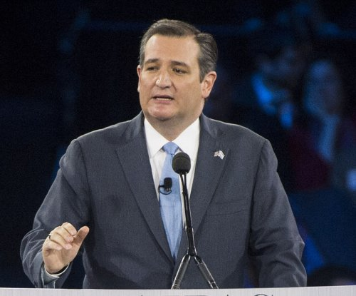 "Ted Cruz calls for police to ""secure Muslim neighborhoods"""