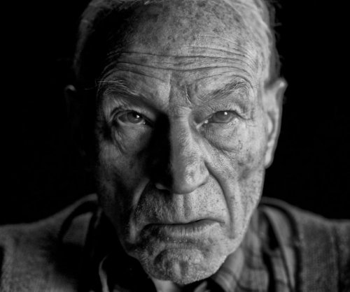 'Logan' director posts photo of aged Professor X