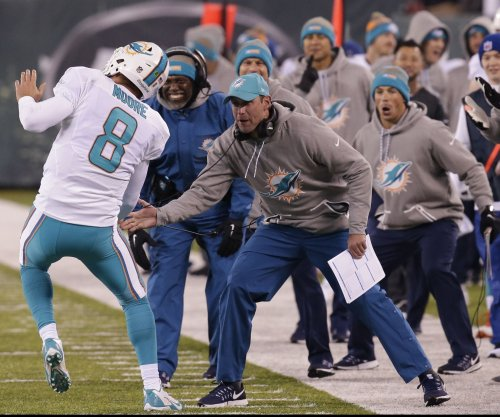 Miami Dolphins block Los Angeles Rams from interviewing OL coach