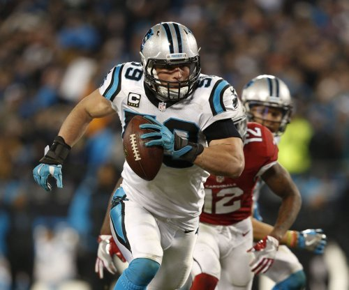 Luke Kuechly, Kaelin Clay score late touchdowns as Carolina Panthers jolt New York Jets