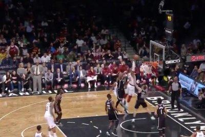 LeBron James: Cavaliers star stuffs Nets with slam