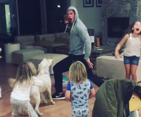 Chris Hemsworth dances to Miley Cyrus with his three kids