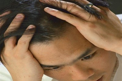 Estrogen could play role in men's migraines