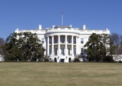White House: E-mail was early problem