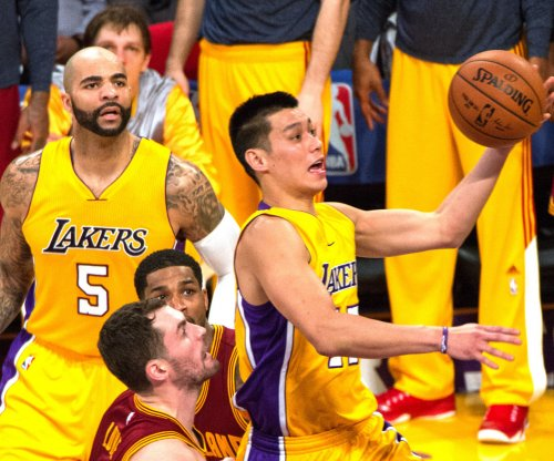 Lin, Los Angeles Lakers hold off Boston Celtics in OT