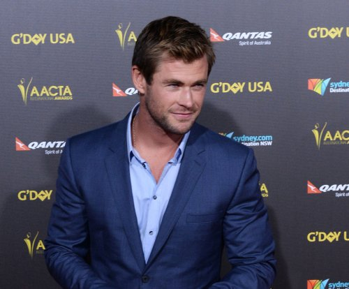 Chris Hemsworth to host 'Saturday Night Live' March 7