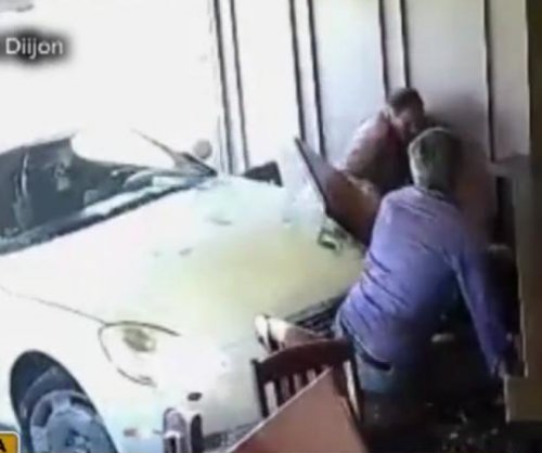 Psychic 'didn't forsee' being hit by car inside restaurant