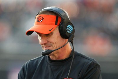 Oregon State Beavers coach Gary Andersen parts ways with school, waives owed money