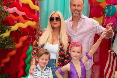 Jessica Simpson throws daughter an 'over-the-top' 6th birthday party