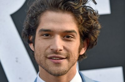 Tyler Posey to star in The CW's 'Lost Boys' pilot