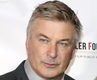 Robert De Niro, Caitlyn Jenner help roast Alec Baldwin