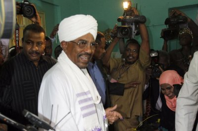 Sudan's Bashir retains presidency in controversial election