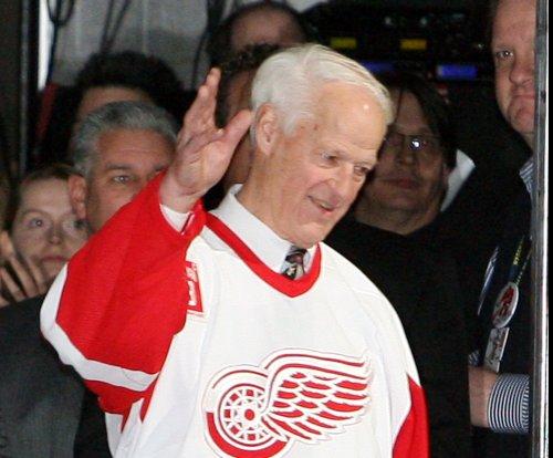 Gordie Howe, 'Mr. Hockey,' dies at 88