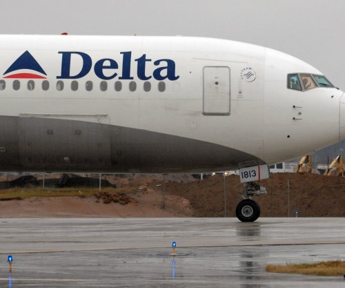 Delta flight mistakenly lands at Air Force base in South Dakota