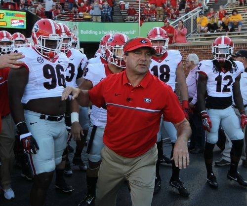 Defense shines as Georgia jolts No. 9 Auburn