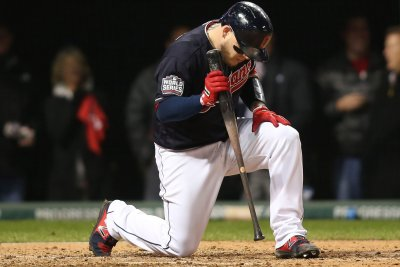 Cleveland Indians pummel Detroit Tigers for 10th straight win