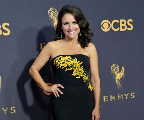 Production on 'Veep' delayed as Julia Louis-Dreyfus battles cancer
