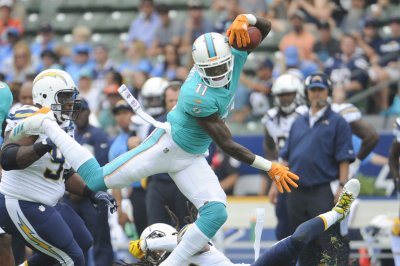Miami Dolphins WR DeVante Parker returns fire at Chris Chambers