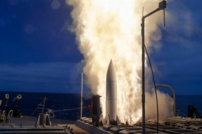 SM-6 long-range interceptors on target in U.S. Navy test