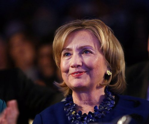 Hillary Clinton beating Republican candidates in presidential election polls