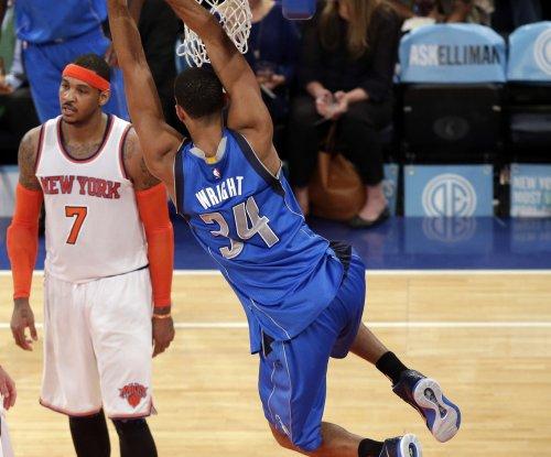 Wade-less Miami Heat entertain Dallas Mavericks