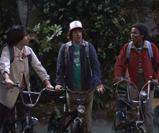 Lucas' parents show up in 'SNL's 'Stranger Things' Season 2 trailer