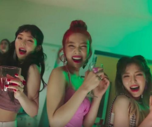 Red Velvet tease colorful 'Red Flavor' music video