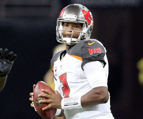 Tampa Bay Buccaneers: Jameis Winston leads win over Jacksonville Jaguars