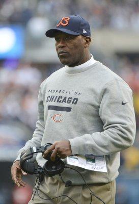 Lovie Smith fired as Bears Coach