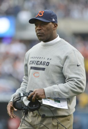 Lovie Smith fired as Bears Coach