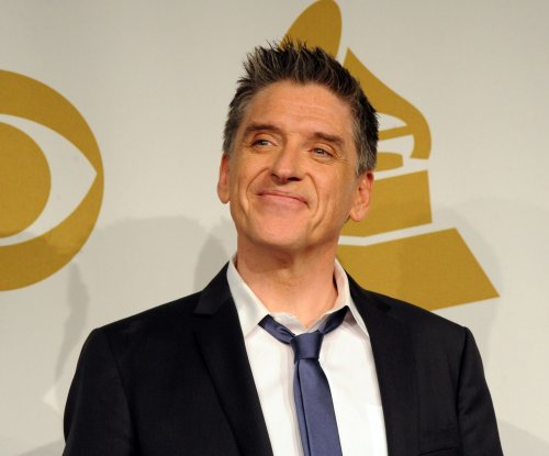 Craig Ferguson to star in ABC pilot 'The King of 7B'