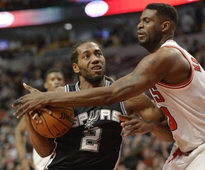 San Antonio Spurs, Leonard agree to 5-year, $90M deal
