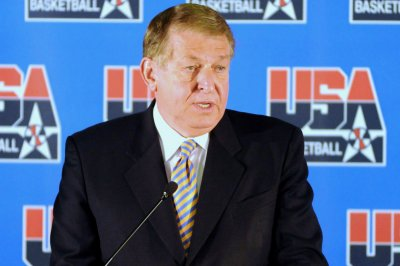 Sixers add Jerry Colangelo to front office