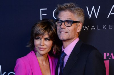Lisa Rinna mourns dad Frank's death