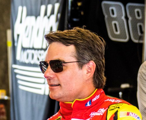 Brickyard notebook: Jeff Gordon facing 'tall task' challenge
