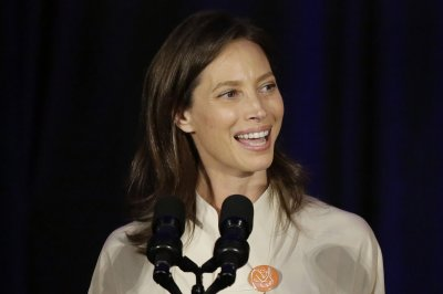 Christy Turlington: I will 'never' have plastic surgery