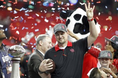 LSU continues to target Houston's Tom Herman