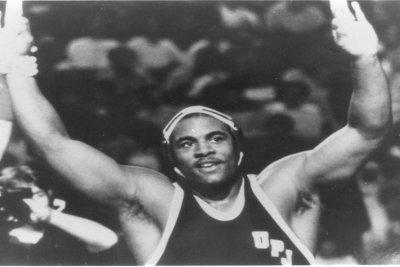 Ex-Steelers Pro Bowler, NCAA wrestling champ Carlton Haselrig dies