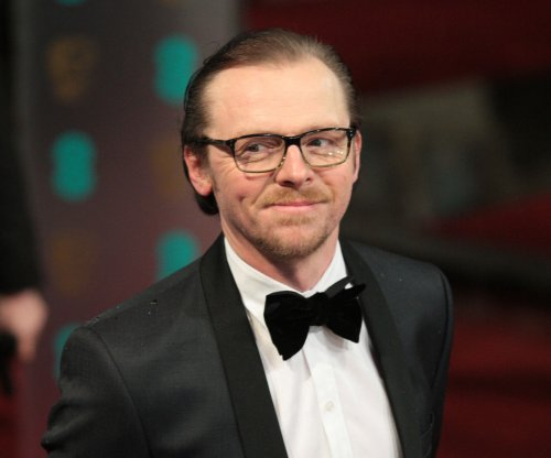 Simon Pegg says sci-fi obsession 'dumbs down' film industry, then retracts