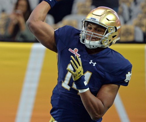 Notre Dame will go with DeShone Kizer alone at QB
