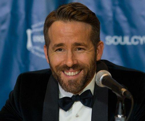 Ryan Reynolds: Jake Gyllenhaal is 'better' cook than Blake Lively