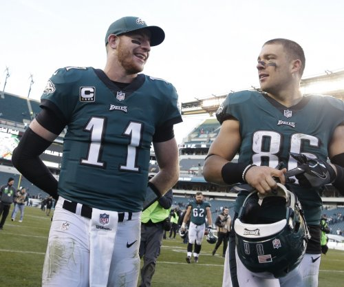 Eagles' Carson Wentz confident he will be ready for Week 1